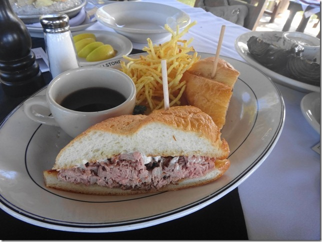 French Dip Au Jus Sandwich_thumb[1]