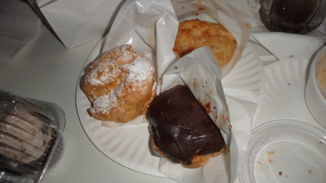Eclair, Cookie, Cream Puffs