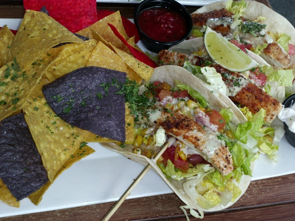 Blackened Fish Tacos – Fish was flaky, seasoned, and cooked well ...