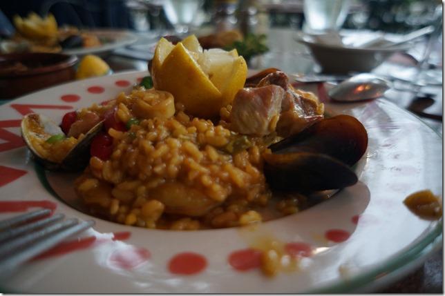 """Paella """"A la Valenciana"""" Plated"""